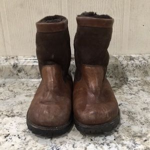 UGG Men Beacon Leather Boots